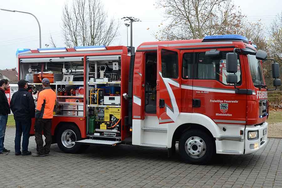 Feuerwehrauto, Ausstattung, Löschen, Hilfe,